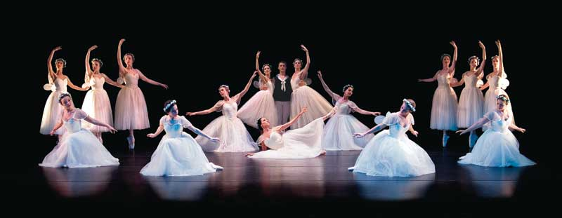 Augusta Ballet Students performing in Les Sylphides